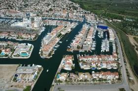 accès port empuriabrava, amarre port empuria brava, place au port empuriabrava
