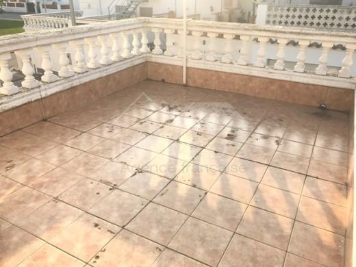 4 chambres, 175m2 construit, à rénover