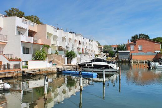Maison au canal avec 3 chambres avec amarre