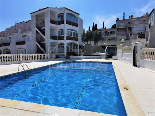 Casa adosada de 2 habitaciones con piscina