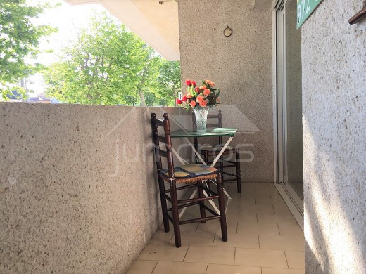 Appartement avec deux alcôves et parking