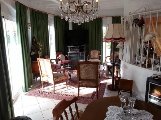 Belle villa dans un quartier calme d'Empuriabrava.