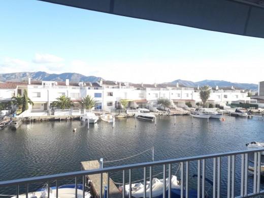 Appartement avec vue sur le canal