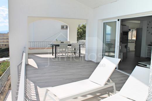 Magnifique maison avec vue mer et accès direct à la plage