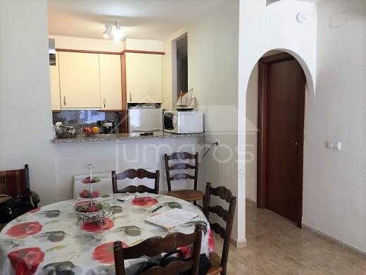 Spacieux appartement vue mer de 3 chambres, avec garage sous-terrain, à 100m de la plage d'Empuriabrava