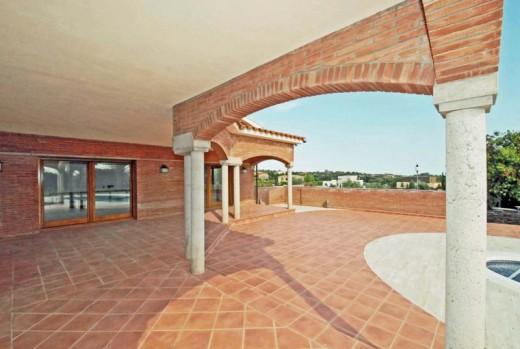 Très belle villa sur le Golf avec piscine