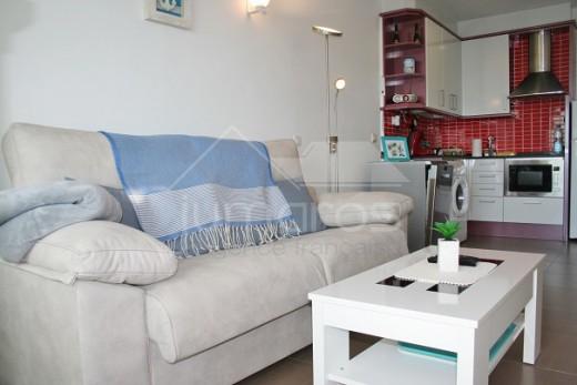 Appartement rénové en première ligne de mer