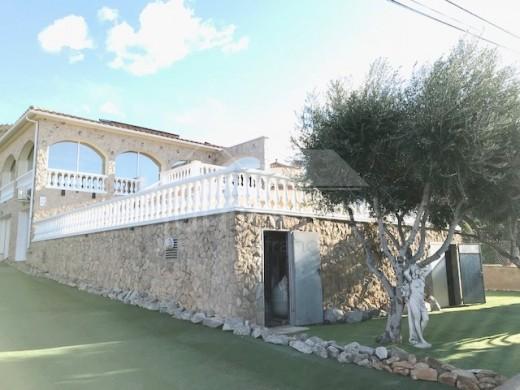 Opportunité ! Villa avec piscine vue mer et montagne à Can Isaac