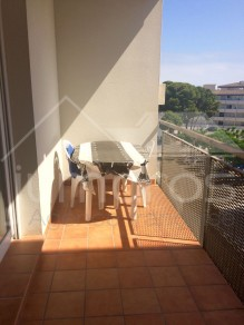 Appartement avec piscine et jardin communautaire