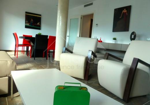 Appartement neuf à 50m de la plage à Roses