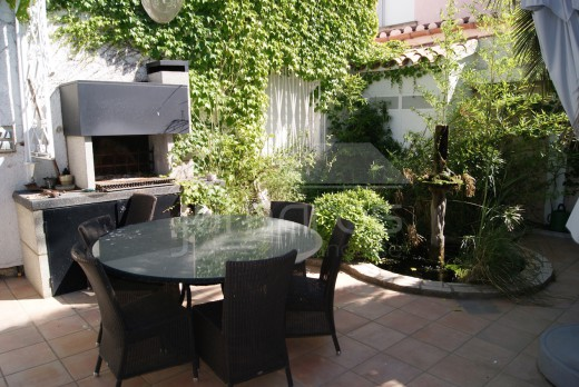 Villa 4 chambres, parking, garage, amarre