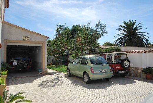 Magnifique villa à 5 min. du centre et de la plage d'Empuriabrava