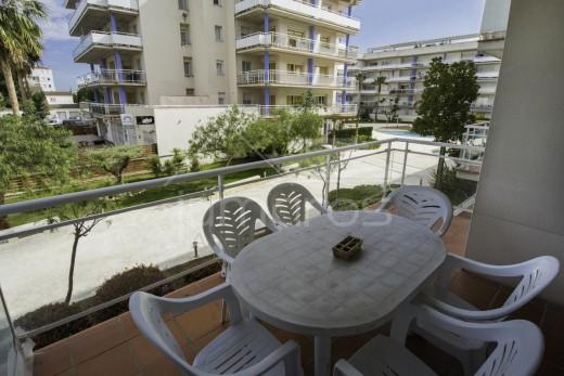 Bel appartement 2 chambres exposé sud dans un belle résidence à Santa Margarida