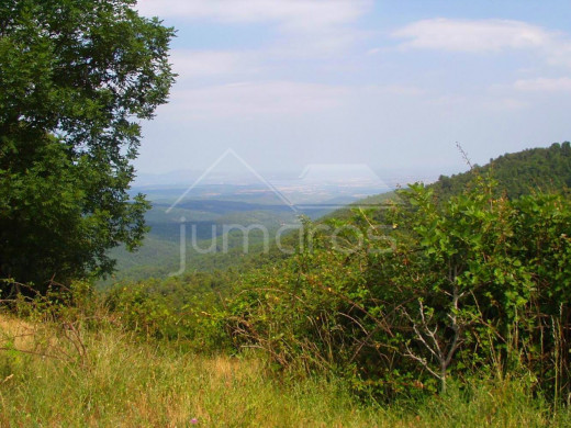 Propriété rustique de 130 hectares à Albanyà