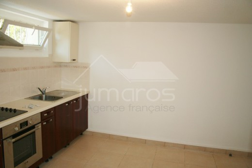 Immeuble, 4 appartements, 7 chambres,  Figueres