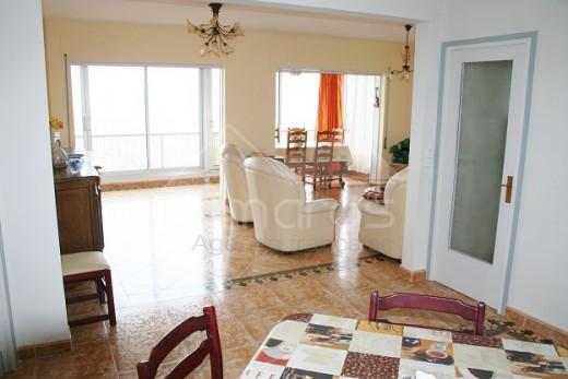 Appartement avec magnifique vue sur Roses