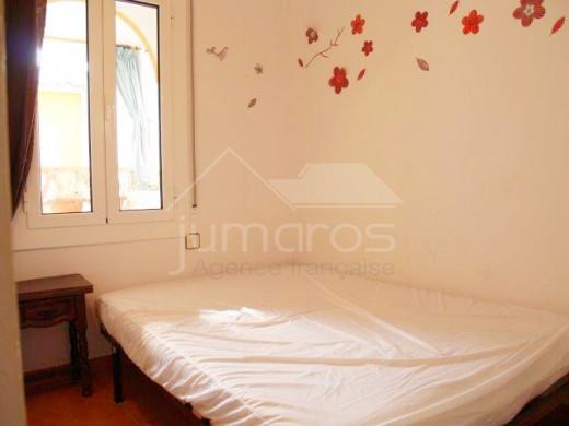 2 chambres avec grande terrasse de 42m2, plage à 200m