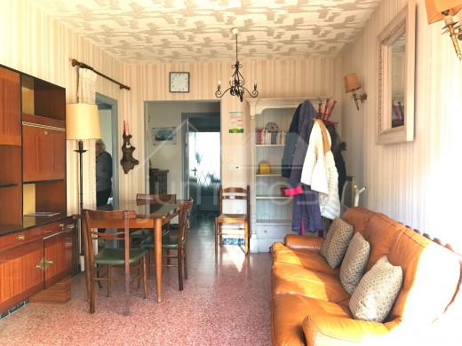 2 chambres, 1er étage, belle terrasse
