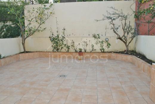Spacieuse maison adossée de plusieurs étages au calme à Roses - Mas Oliva
