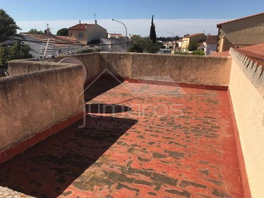 Maison dans quartier résidentiel à Castell Nou
