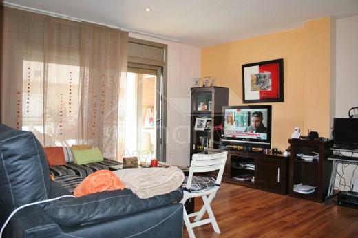 Appartement moderne avec grande terrasse dans le centre de Roses