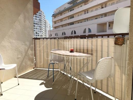 Joli appartement une chambre à 200m de la plage.