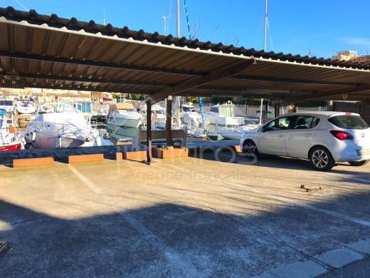 Amarre voilier de 3x9m + parking  à Santa Margarida