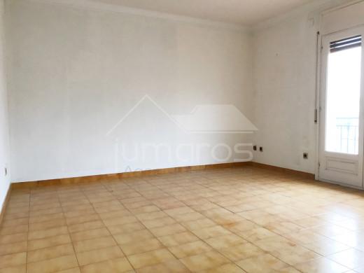 En attente de proposition! Appartement  3 chambres proche du centre ville et de la plage de Roses