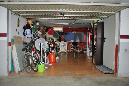 3 chambres, garage, piscine, centre de Roses