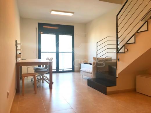 Duplex très moderne avec vue sur les montagnes à Mas Oliva, Roses