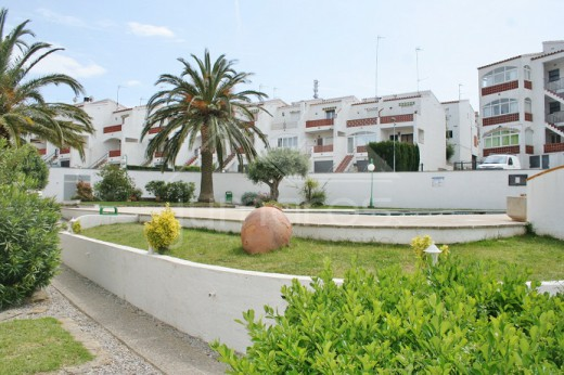 Appartement 2 chambres + vue canal + parking à 900m de la plage d'Empuriabrava