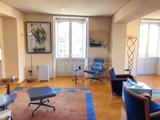 Haut standing, 5 chambres, 379m2, terrasse, centre ville