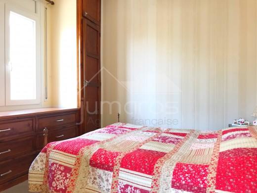 Joli appartement  2 chambres avec terrasse vue montagne et petite vue mer