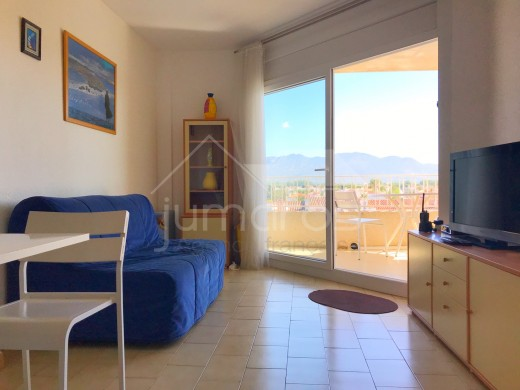 Bel appartement en duplex avec parking à Empuriabrava