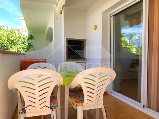 Appartement dans résidence calme avec piscine