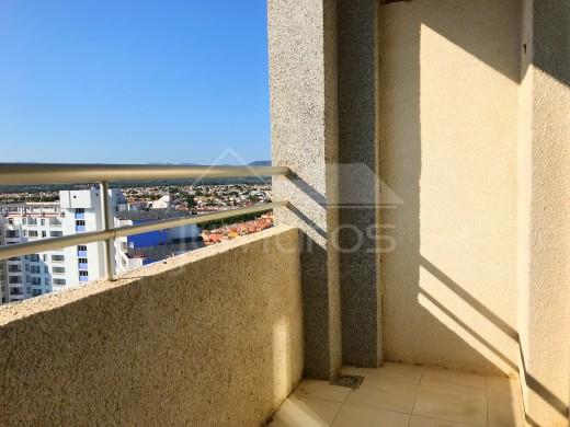 Appartement avec vue montagnes parfait pour la location à Empuriabrava