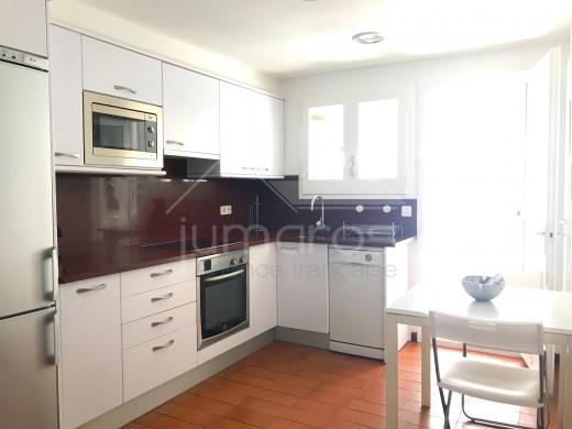 2 chambres, duplex, vue mer, centre de Cadaqués, 70m plage