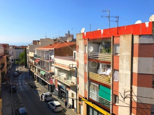 Bel appartement avec parking dans le centre ville et à 200m de la plage