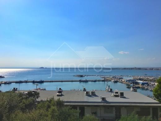 Bel appartement avec magnifique vue sur la baie de Roses