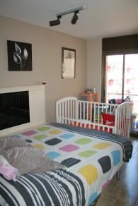 Deuxième chambre avec petit balcon