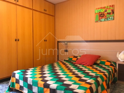 6 chambres, 413m2, village historique