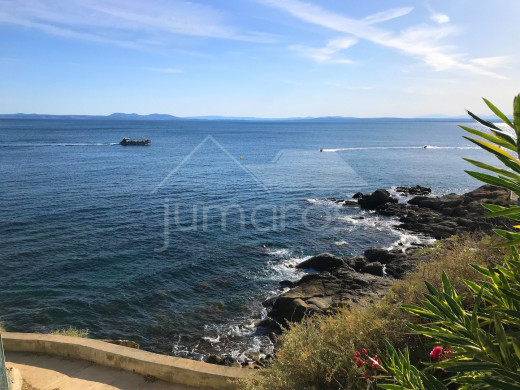 Vue mer, parking privé et proche plage