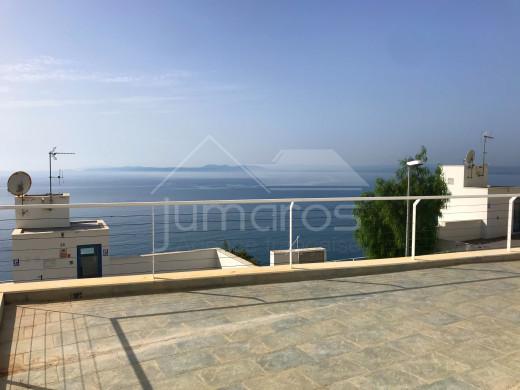 Belle villa 3 chambres, vue sur mer, piscine privée