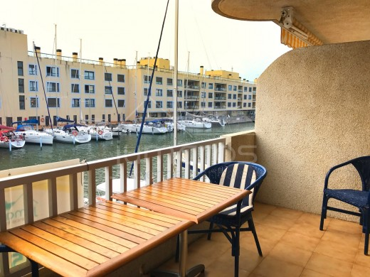 Appartement très bien placé à Empuriabrava