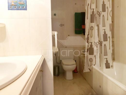 Appartement très bien placé avec amarre à Empuriabrava