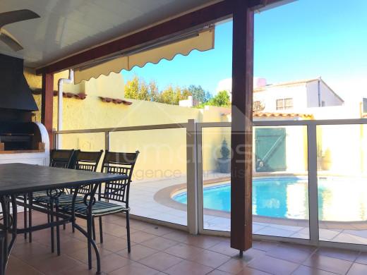 4 chambres, 115m2, plain pied, piscine, 200m de la plage