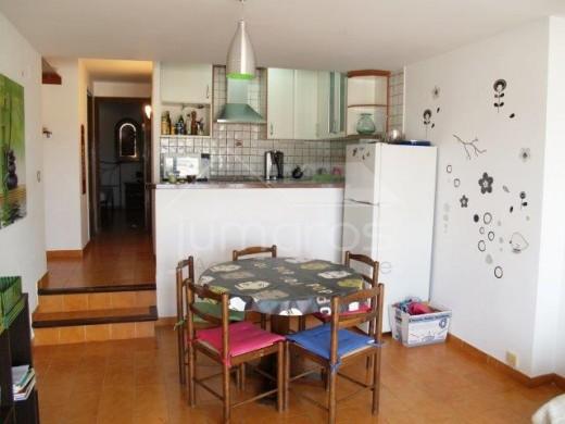 Appartement avec grande terrasse de 42m2, 200m plage