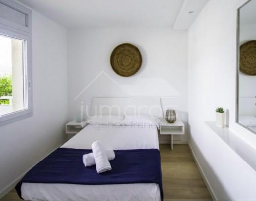 Appartement 2 chambres dernier étage en résidence à Santa Margarida