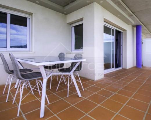 Dernier étage 2 chambres dans une résidence sécurisée à Santa Margarida