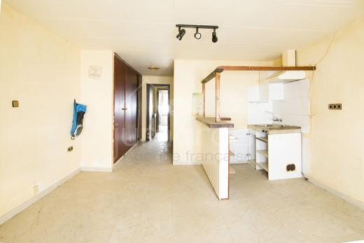 44 m2, centre Roses, à rénover, idéal investissement locatif